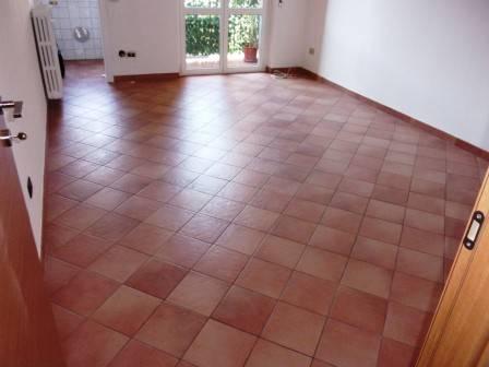 Appartamento in ottime condizioni in vendita Rif. 7845132