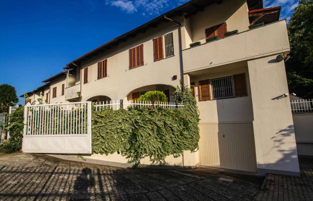 Villa in vendita a Baldissero Canavese, 7 locali, prezzo € 299.000 | CambioCasa.it