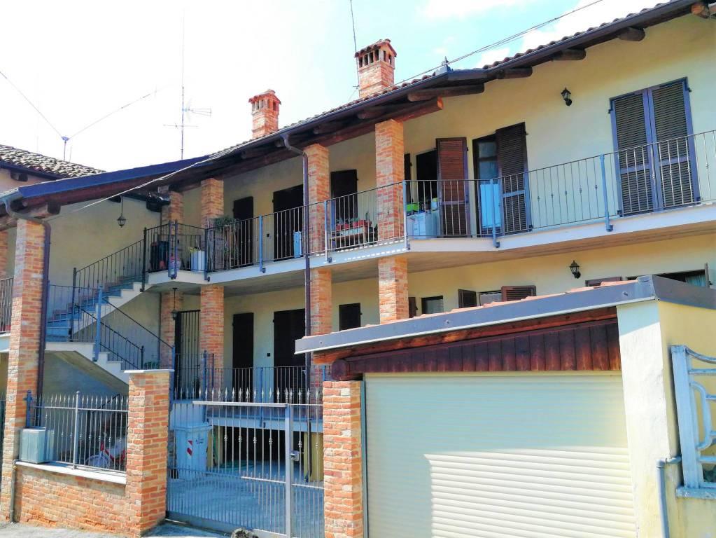 Appartamento in ottime condizioni in affitto Rif. 7846185