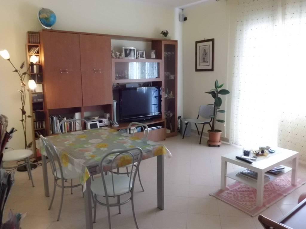Appartamento in ottime condizioni in vendita Rif. 7844763
