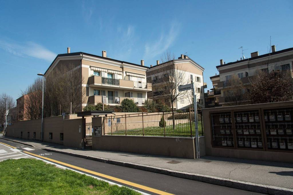 Appartamento in ottime condizioni in vendita Rif. 8895695
