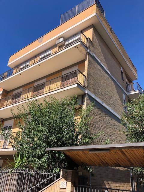 Stanza / posto letto in affitto Rif. 7890246