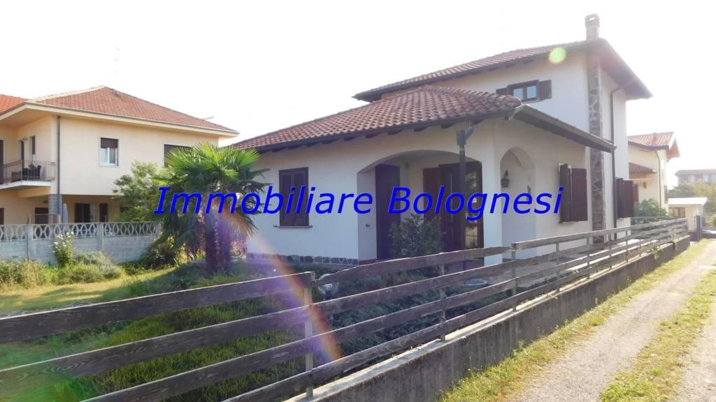Appartamento in vendita a Ferno, 5 locali, prezzo € 278.000   PortaleAgenzieImmobiliari.it