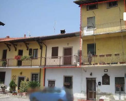 Appartamento in buone condizioni in vendita Rif. 7851218