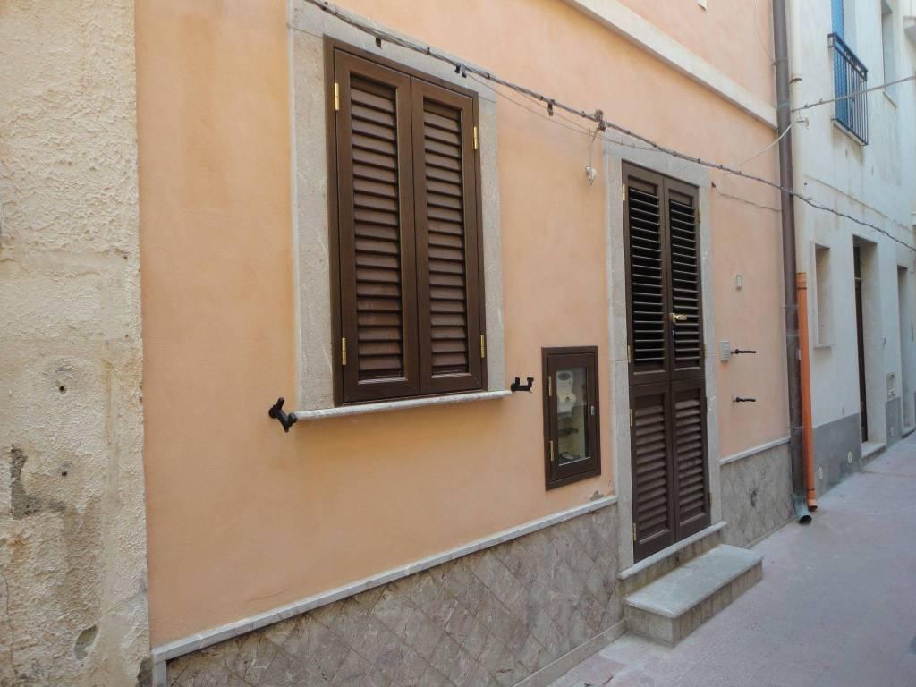 Casa Indipendente in ottime condizioni arredato in vendita Rif. 7848943