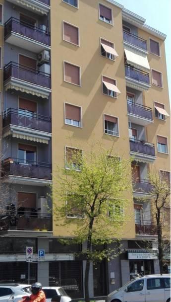 Appartamento in buone condizioni in vendita Rif. 7861548
