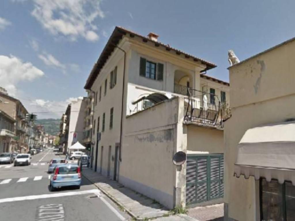 Appartamento in vendita a Pinerolo, 4 locali, prezzo € 80.000   CambioCasa.it