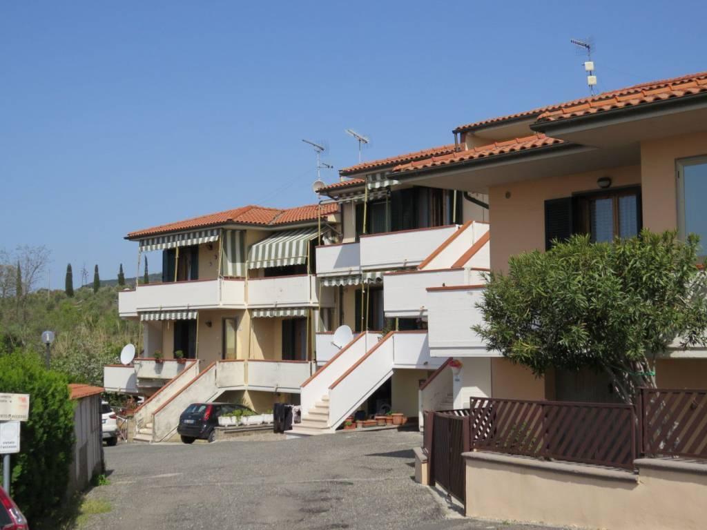 Appartamento in buone condizioni arredato in vendita Rif. 7851166