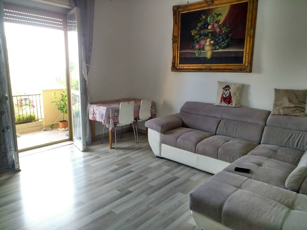 Appartamento in ottime condizioni in vendita Rif. 7844732