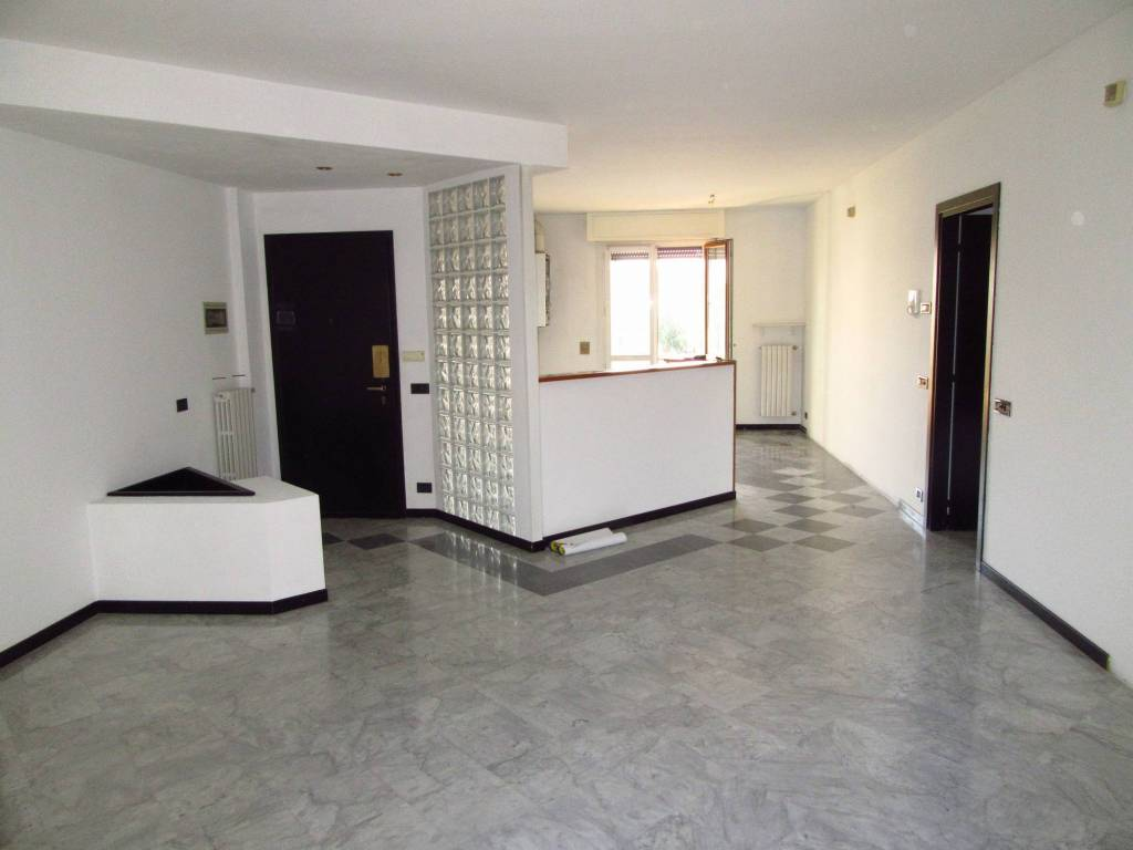Appartamento in ottime condizioni in vendita Rif. 7857504
