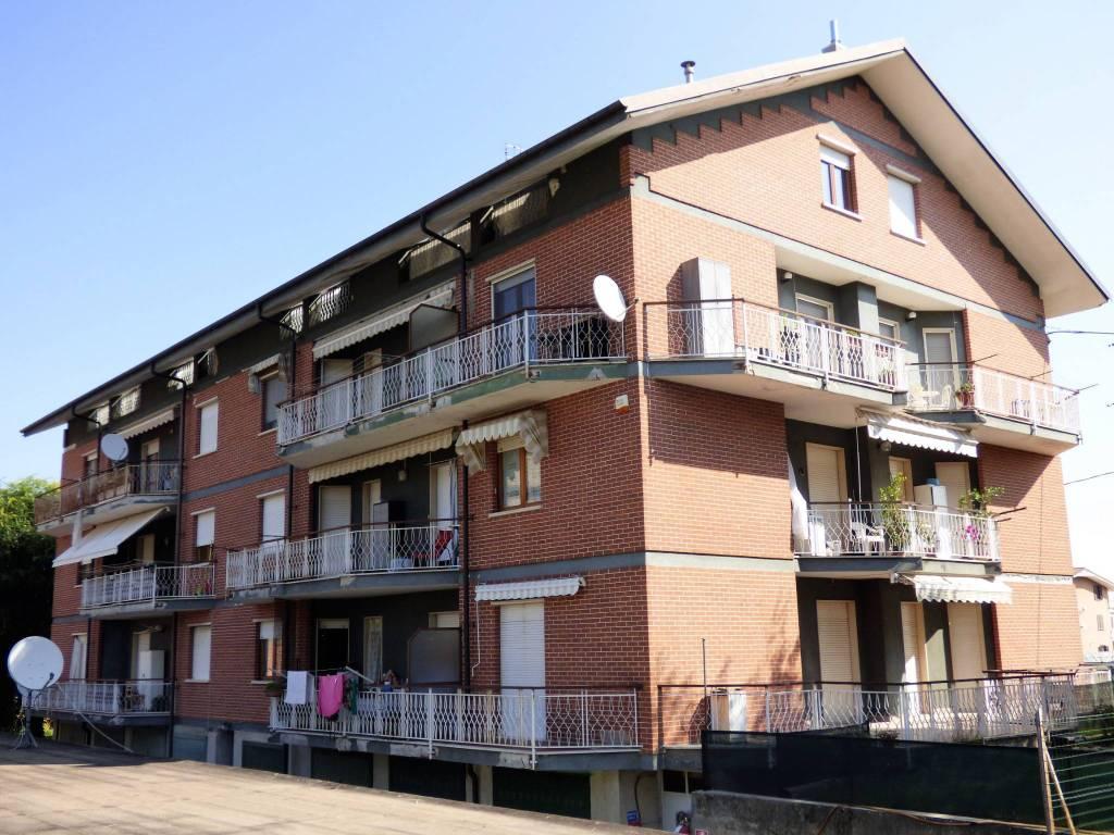 Appartamento in buone condizioni in vendita Rif. 7860715