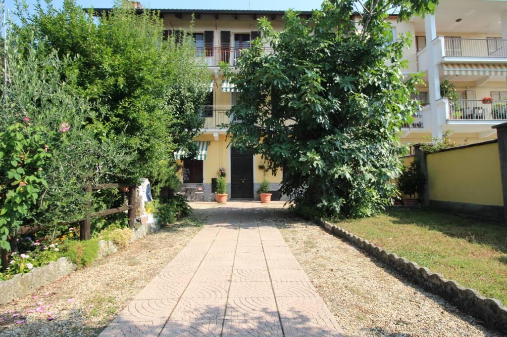 Appartamento in buone condizioni in affitto Rif. 7858690
