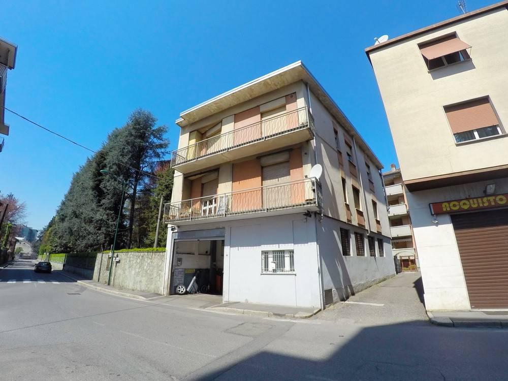 Appartamento in vendita Rif. 7858122