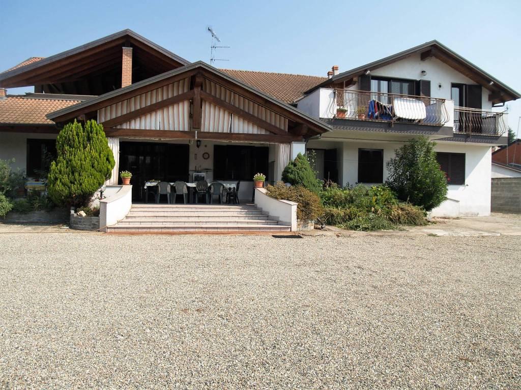 Prestigiosa villa con parco privato