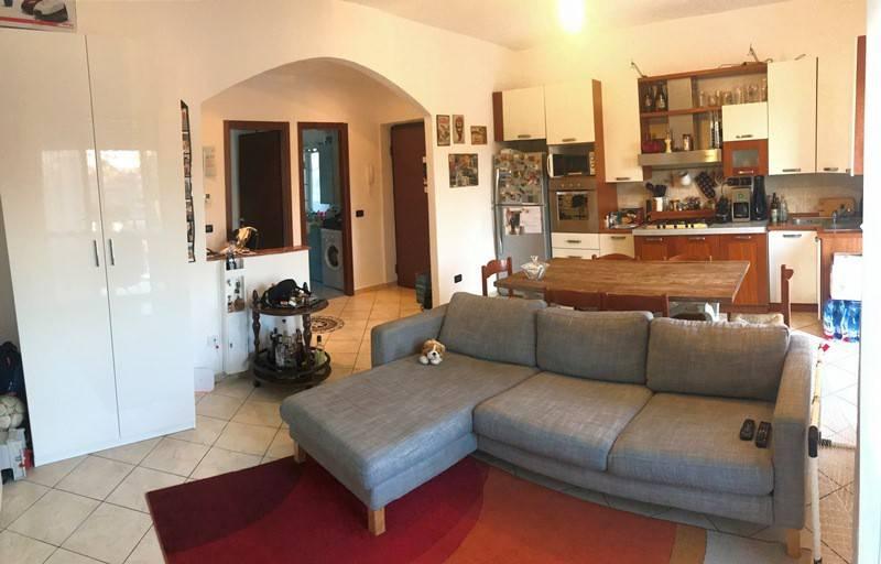 Appartamento in ottime condizioni in vendita Rif. 7860629