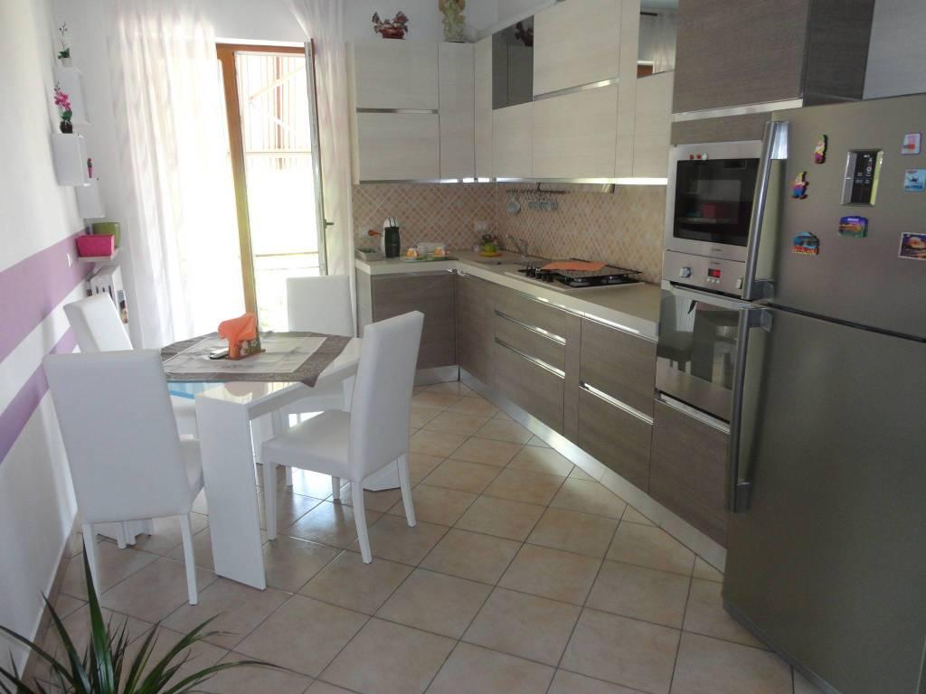 Appartamento in ottime condizioni in vendita Rif. 7856650