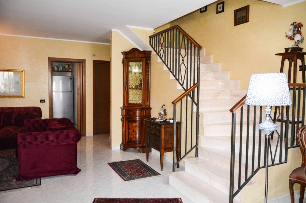 Villetta a schiera in ottime condizioni in vendita Rif. 7860847