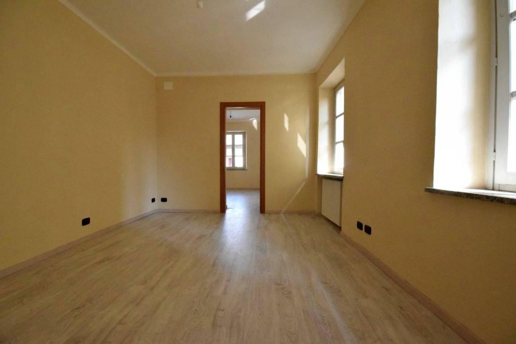 Appartamento in ottime condizioni in affitto Rif. 7859832
