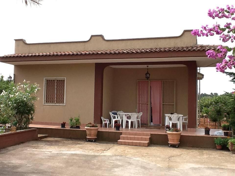 Villa in buone condizioni in vendita Rif. 7858193