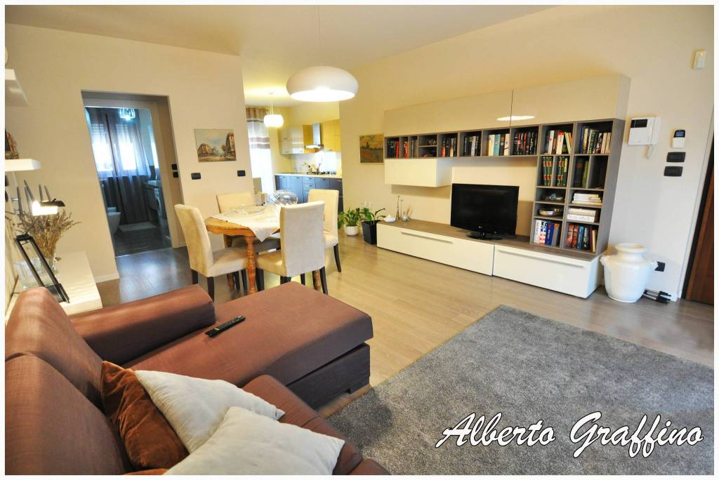 Appartamento in vendita a San Benigno Canavese, 4 locali, prezzo € 199.000 | CambioCasa.it
