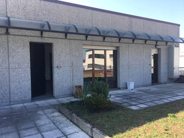Appartamento in ottime condizioni parzialmente arredato in affitto Rif. 7858079
