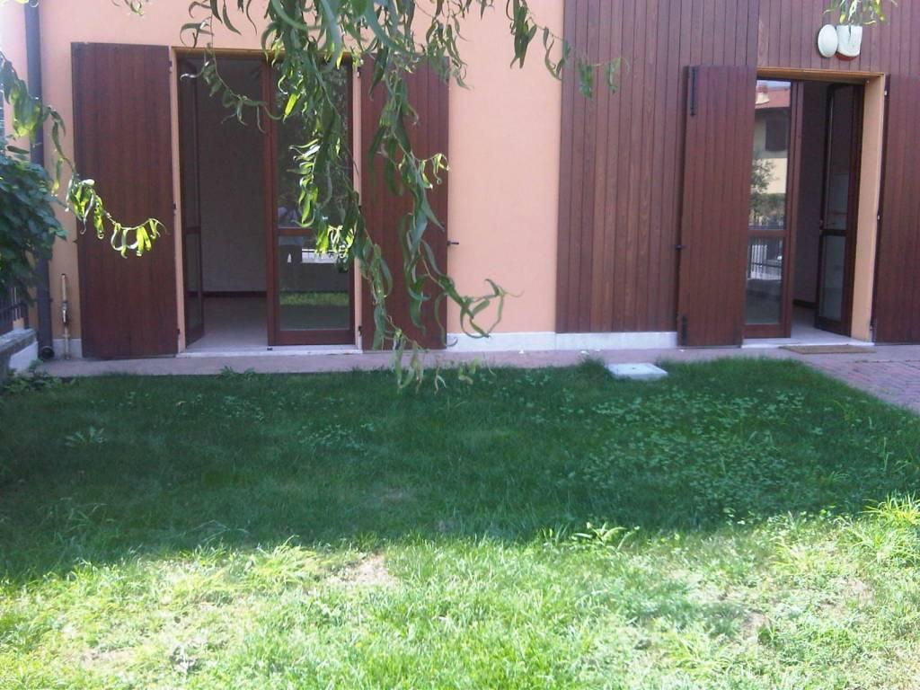 Appartamento in buone condizioni in vendita Rif. 7676252