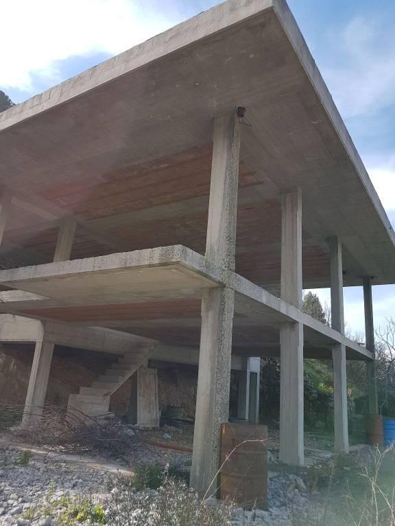 Loft / Openspace in vendita a Sonnino, 3 locali, prezzo € 70.000   CambioCasa.it