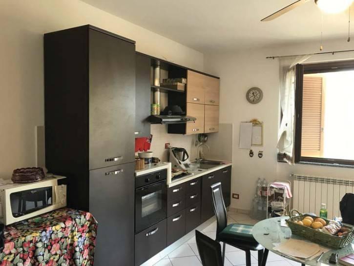 Appartamento in buone condizioni in vendita Rif. 7875427