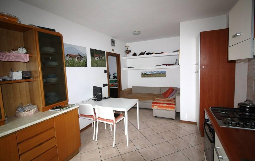 Miniappartamento con bella terrazza - Ravina
