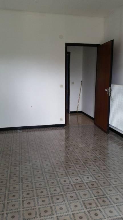 Appartamento in buone condizioni in vendita Rif. 7857362