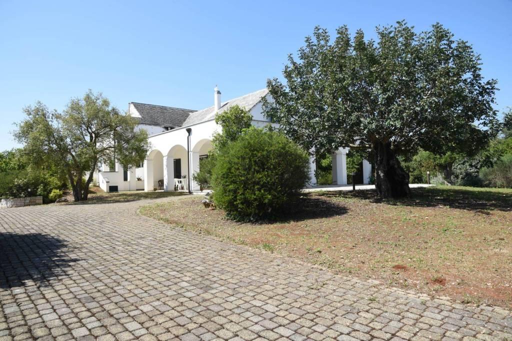 Villa in ottime condizioni arredato in vendita Rif. 7861366