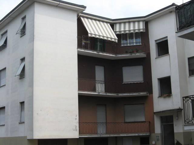 Appartamento in buone condizioni in vendita Rif. 7871719