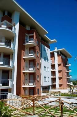 Appartamento in buone condizioni arredato in affitto Rif. 7874925