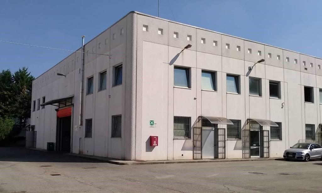 Capannone in affitto a Moncalieri, 9999 locali, prezzo € 4.500   CambioCasa.it