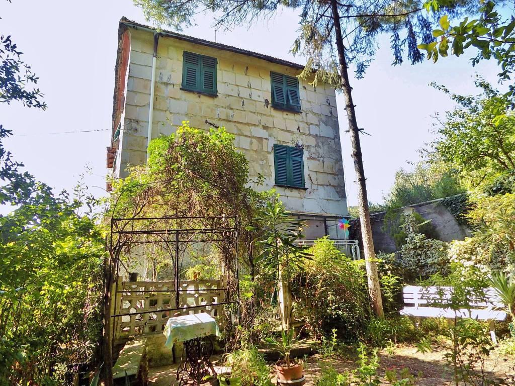 Appartamento in buone condizioni in vendita Rif. 7870887
