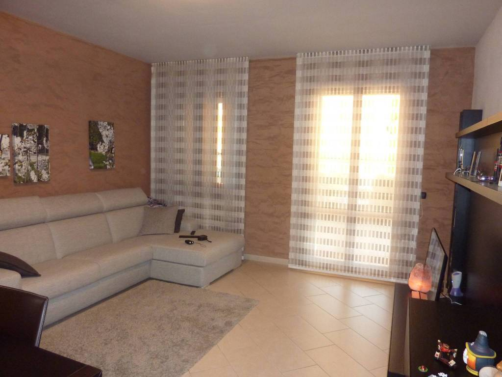 Appartamento in ottime condizioni in vendita Rif. 7872065