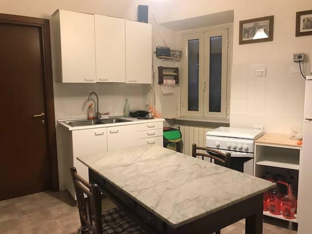 Appartamento in buone condizioni in vendita Rif. 7870444
