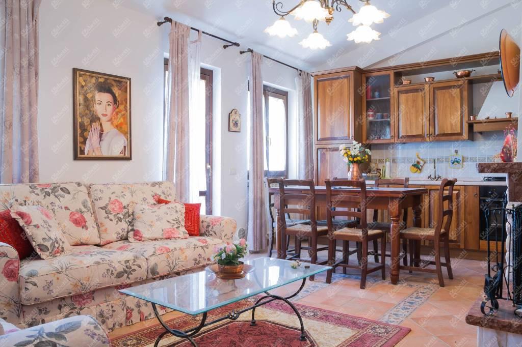 Appartamento in vendita Rif. 8776424