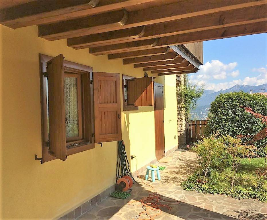Appartamento in ottime condizioni in vendita Rif. 7872844