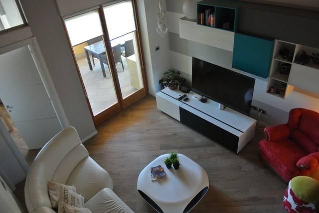 Appartamento in vendita Rif. 7870053