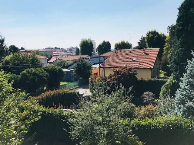 Appartamento in affitto a Olgiate Comasco, 3 locali, prezzo € 700 | CambioCasa.it
