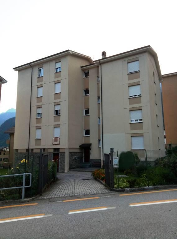 Appartamento in vendita a Chiavenna, 4 locali, prezzo € 85.000 | CambioCasa.it