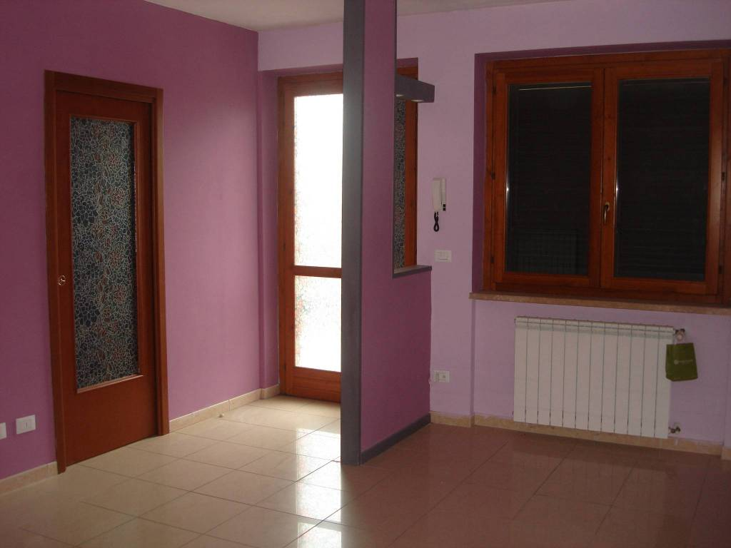 Appartamento in ottime condizioni in vendita Rif. 7872052