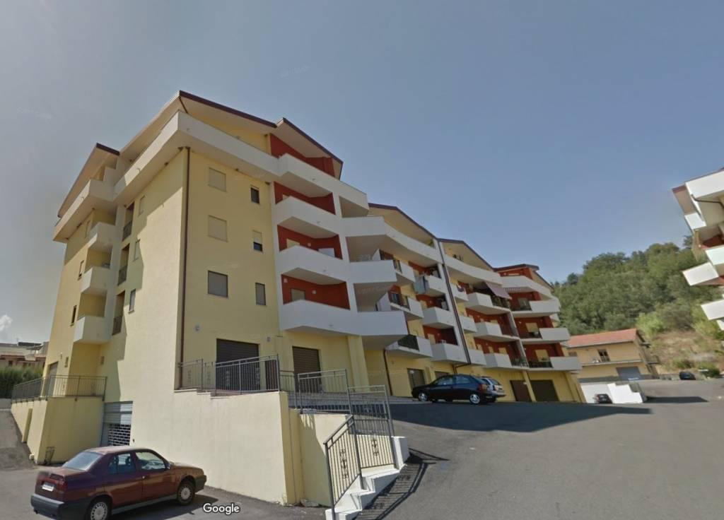 Appartamento in buone condizioni in vendita Rif. 7872791