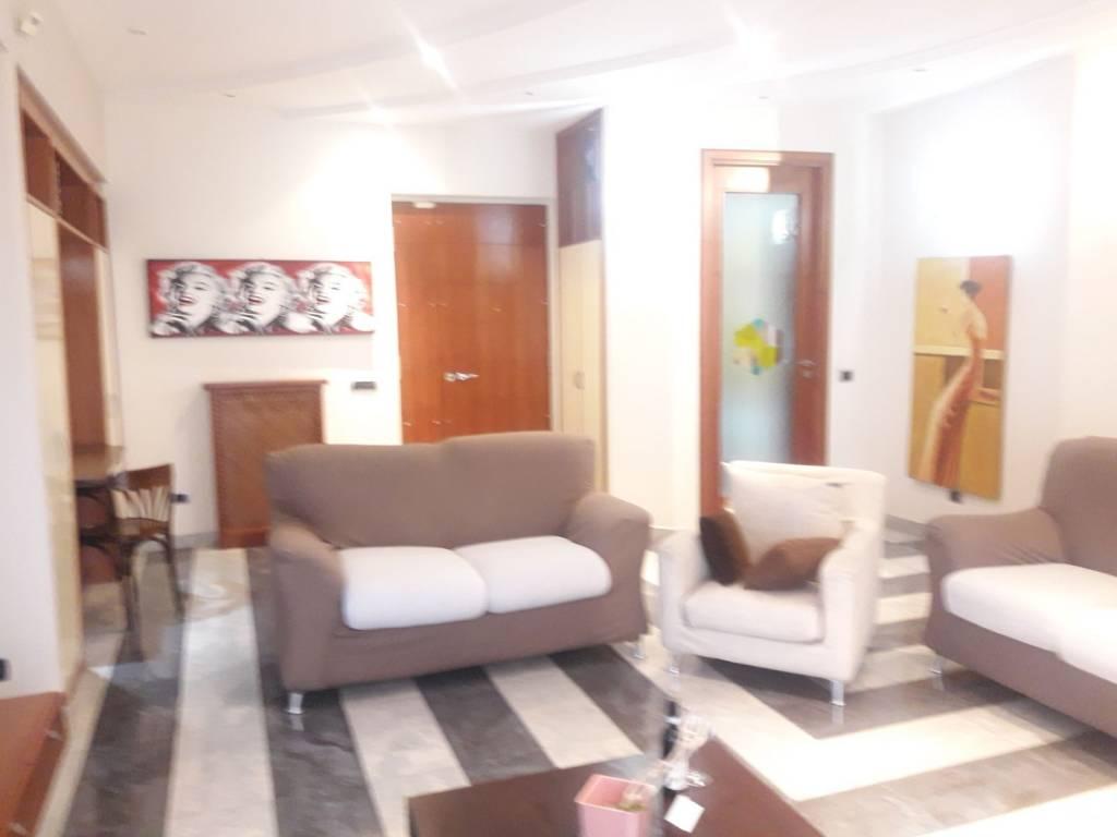 Appartamento in ottime condizioni in vendita Rif. 7859946