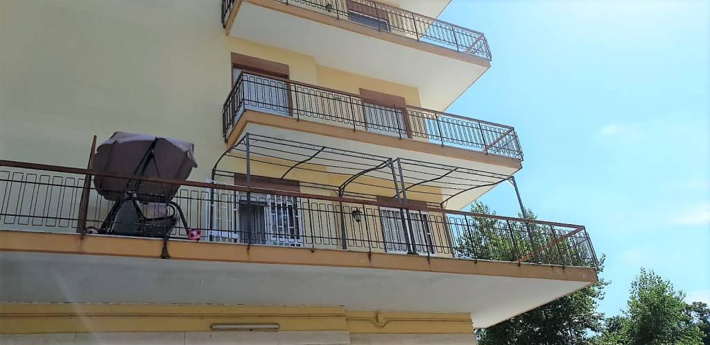 Appartamento in buone condizioni in vendita Rif. 7871462