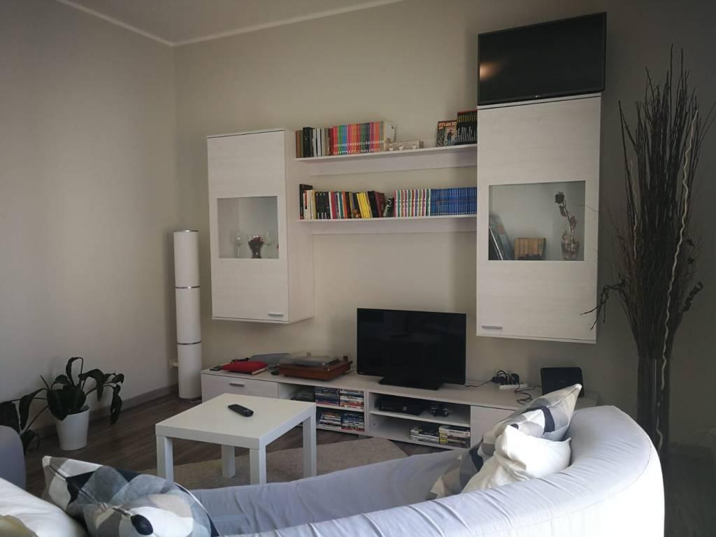 Appartamento in ottime condizioni arredato in affitto Rif. 7870024