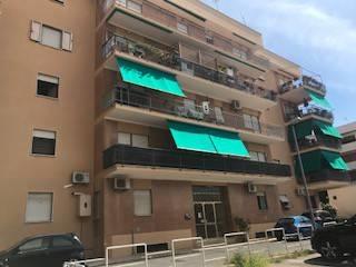 Appartamento in buone condizioni arredato in vendita Rif. 7785394