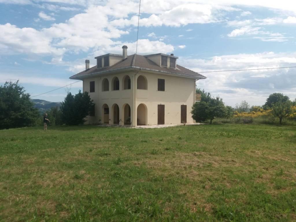 Casa Indipendente in buone condizioni in vendita Rif. 7888744