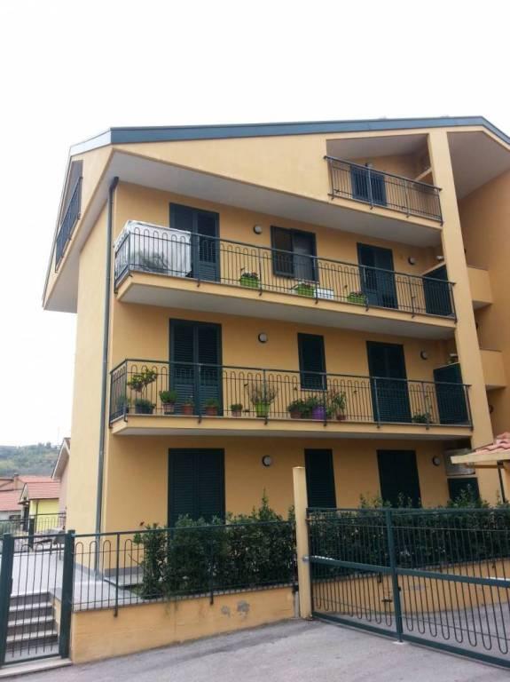 Appartamento in ottime condizioni in vendita Rif. 7890040